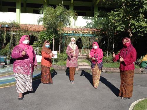 Foto Hari Kartini
